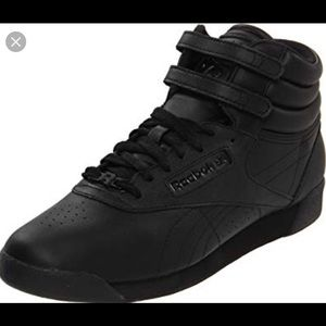 Reebok Black Velcro Top High Rise Sneakers 👟